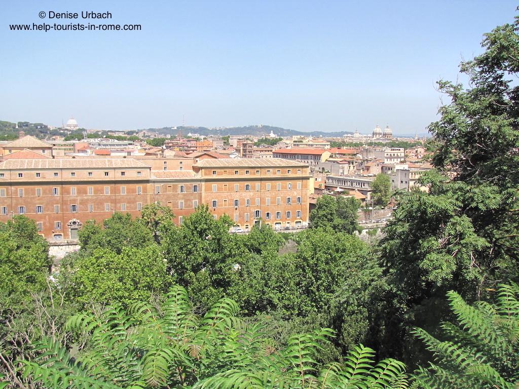 aventin rom mit super blick auf die stadt aventino helptourists in rome. Black Bedroom Furniture Sets. Home Design Ideas