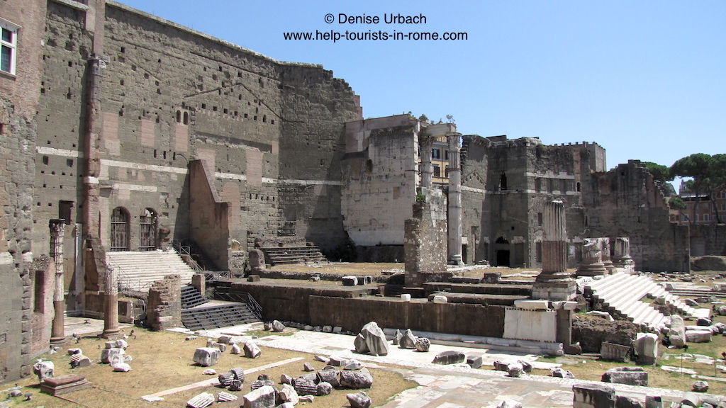 inside imperial fora in rome helptourists in rome. Black Bedroom Furniture Sets. Home Design Ideas