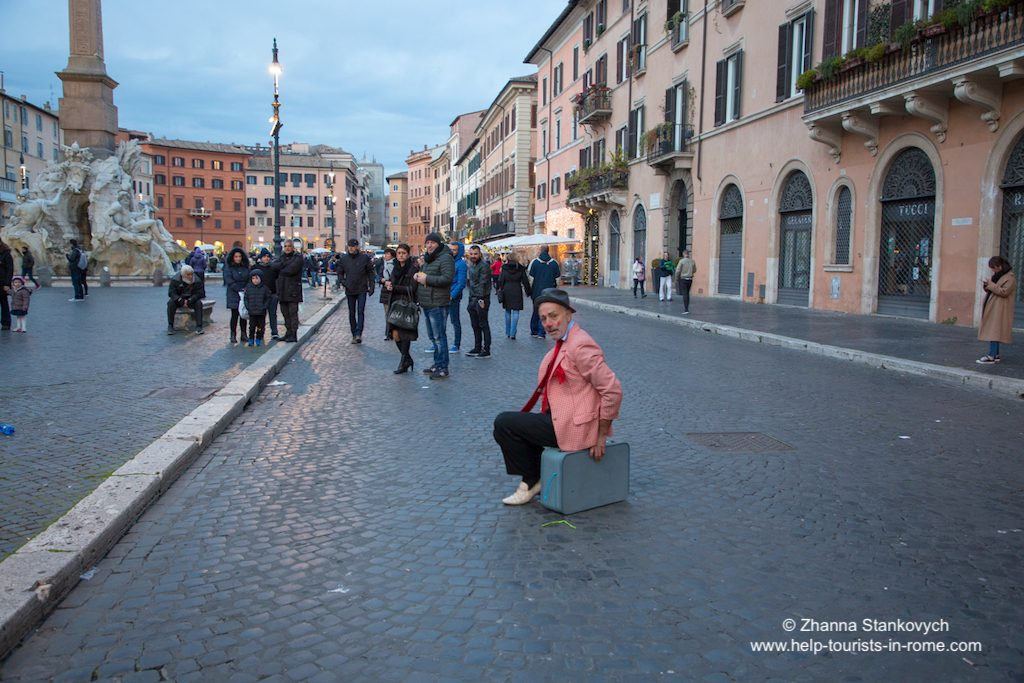 Piazza Navona street artist