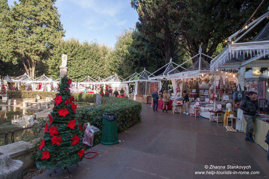 Weihnachtsmarkt Piazza Mazzini Rom