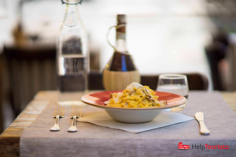 ROM_Antica-Osteria-Rugantino_Pasta_Spaghetti_Carbonara_nah_l