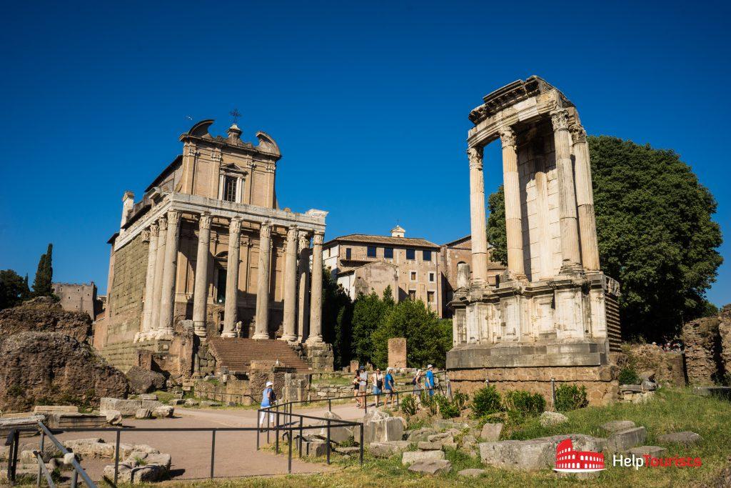 ROME_Forum-Romanum_Temple_di_Vesta_01