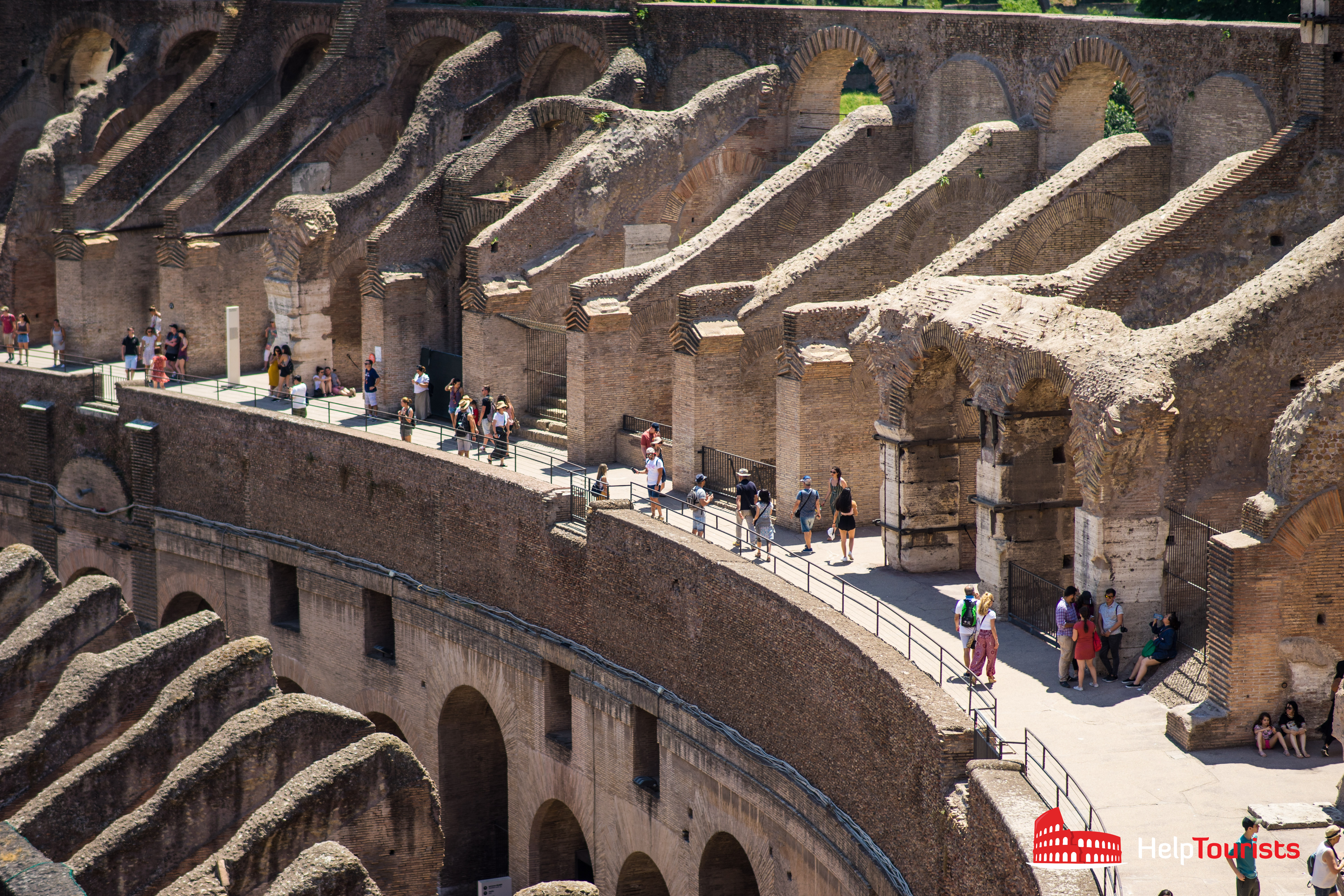 ROME_Colosseum-level02