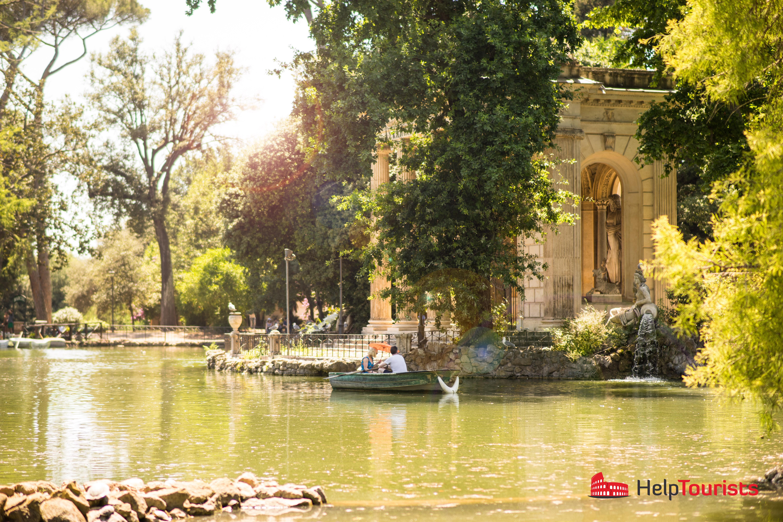 ROME_Laghetto-di-villa-Borghese_Boat_couple_02_l