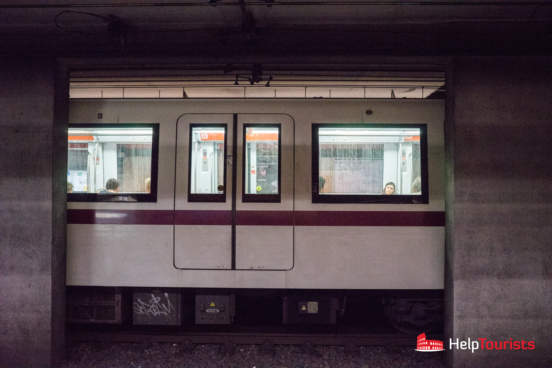 ROME_Metro_sidelong_l