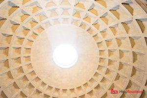 ROME_Pantheon_ceiling_hole_l
