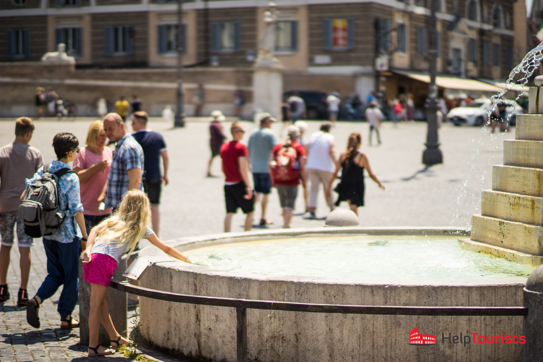 ROME_Piazza-del-Popolo_fountain_l