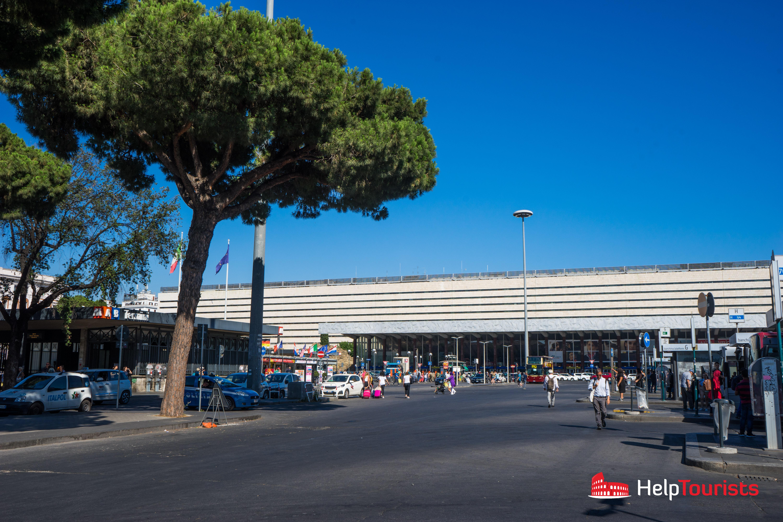 ROME_Termini_outside_l