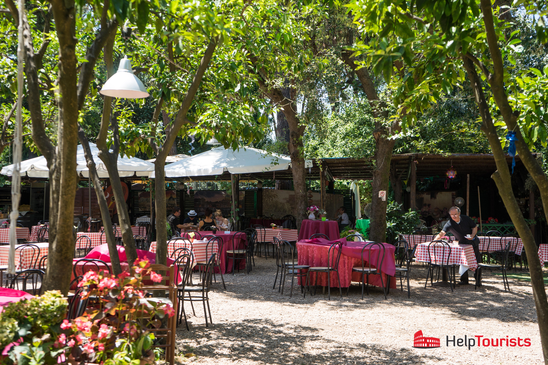 ROME_Via-Appia-Antica_Restaurant_Garden_Giardino-di-Giulie-e-fratelli_l