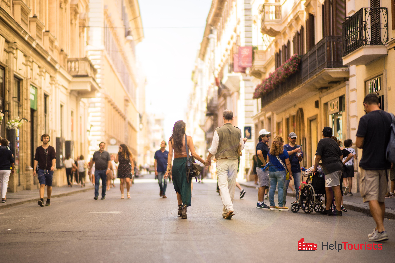 ROM_Via-del-Corso_Paar_l